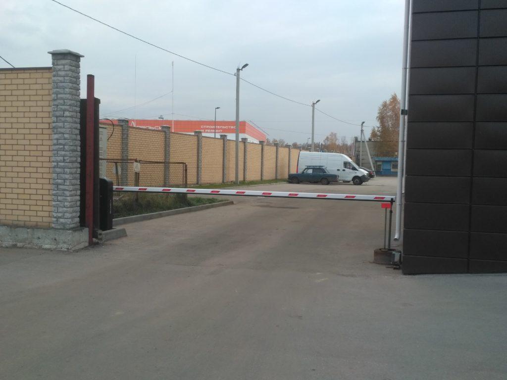Поставка и установка шлагбаума DoorHan Barrier PRO