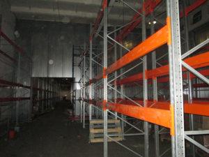 Изготовление и монтаж перегородки с секционными воротами