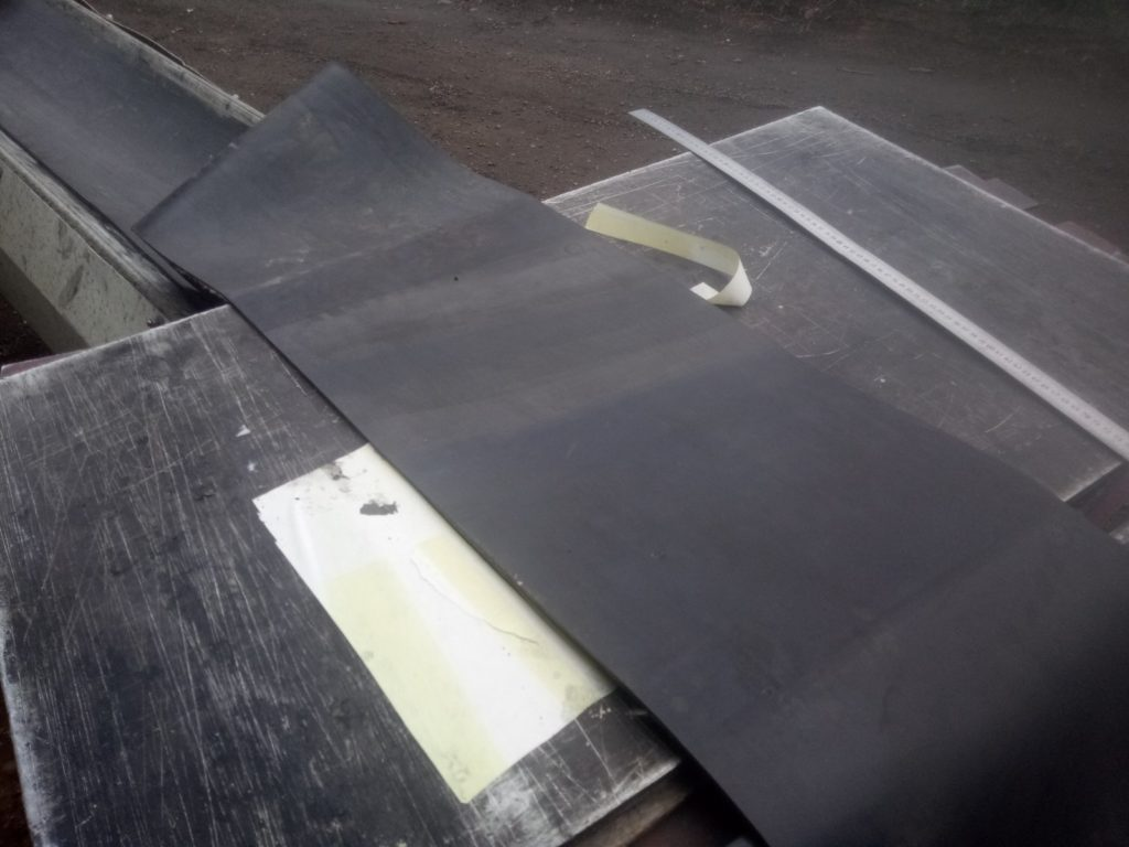 Замена транспортёрной ленты на бетоносмесителе LIEBHERR