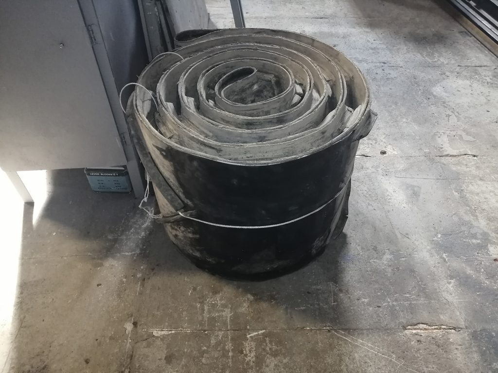 Ремонт шевронной транспортёрной ленты методом горячей вулканизации